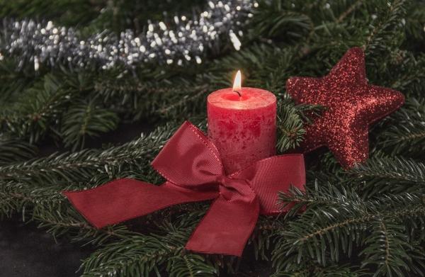 christmas-3816253_1920.jpg
